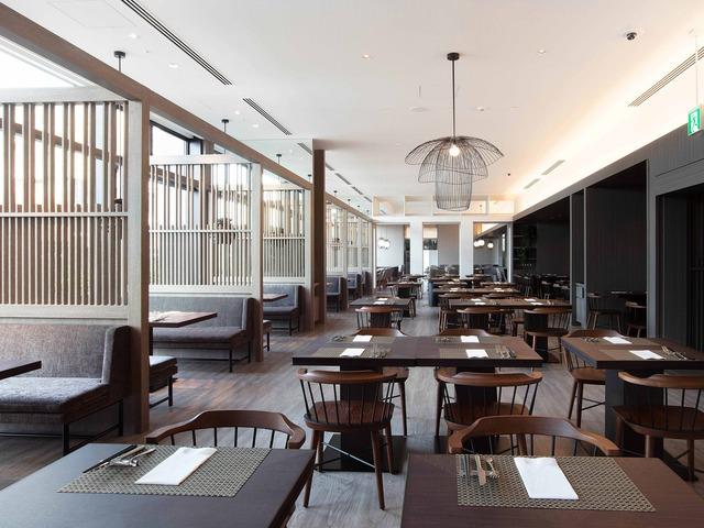 ホテル コレクティブ レストラン